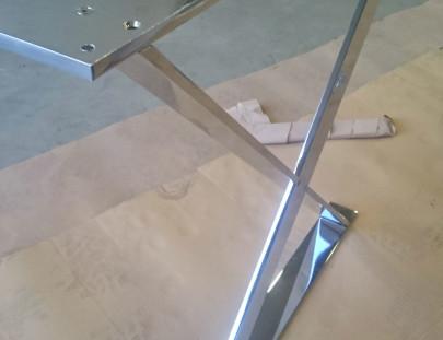 Tavolo cromato